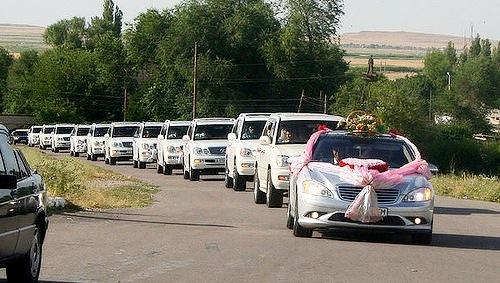 Свадебные кортежи в Алматы