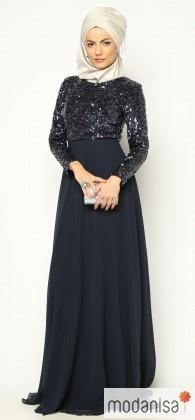 ... модными «двойными» юбками – прекрасная демонстрация того, что  мусульманская одежда для женщин не отстает от самых актуальных тенденций  мировой моды! e93b27695aa